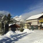 Snow Valley Motel & RV Park