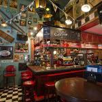 Oliver's Pub