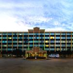Cottonwood Suites Louisville - Exterior