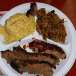 In town for business. Stopped by to try and so glad I did. Great bar b que food