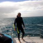 con wetsuit bien grueso