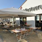 Hotel restaurant Campanile Bollène terrasse nouvelle génération