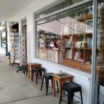 Noosaville cafe bookstore