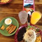 Platanos con natilla appetizer, Bistec Casado, mango batido