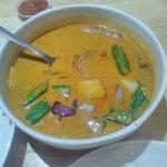 Foto de Forest Dew Vegetarian Restaurant