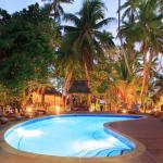 Mid Island Pool