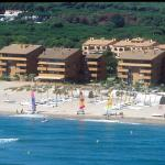 Photo de Apartaments Beach & Golf Resort