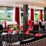 Foto de Red Restaurant Therme Vals