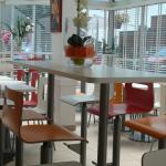 Salle de petit déjeuner Hôtel Première Classe Roissy Saint Witz