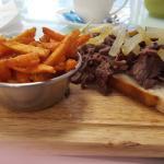 Open sandwich & sweet potato fries