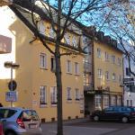 Hotel-Liegenschaft (Eingangseite)