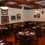 DON'S Seafood Metairie Dining Room