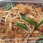 Lunch pad thai with tofu...yum!!