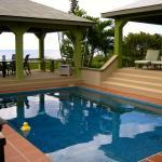 Photo de Miles Away Villa Resort