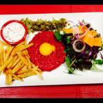 Tartare de bœuf et frites maison