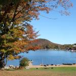 Photo de Prospect Point Cottages - Blue Mountain Lake