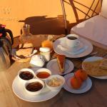Dar Baraka Karam, breakfast