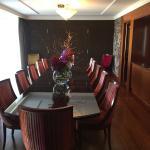 salle à manger de la suite penthouse du 8ème