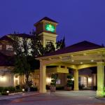 Photo de La Quinta Inn & Suites Fremont / Silicon Valley
