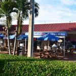 sidewalk dining
