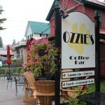 Ozzie's Coffee Bar resmi