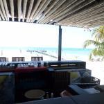 El bar y el mar