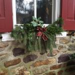 Outdoor holiday window decoration