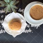 Café com pão de queijo, quem resiste?