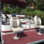 1/2 day or full day pontoon boat rentals