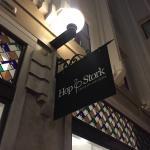 صورة فوتوغرافية لـ Hop & Stork