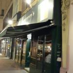 Jonny's Pub