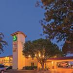 Photo de La Quinta Inn Lubbock - Downtown Civic Center