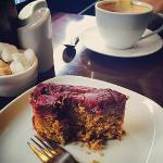 Delicious gingery plum cake