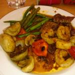 Prawn in Black Bean Sauce, Mushrooms in Oyster Sauce, Spicy Beef & Green Bean in Chilli and Shri