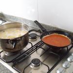 Utensillos y cocina muy bien.