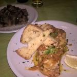 salmone alle verdure e melanzane al funghetto