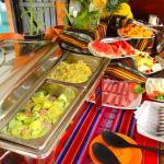 Desayuno buffet de la casa