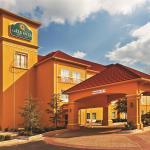 肖尼拉昆塔旅館及套房飯店
