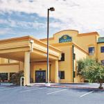 ‪La Quinta Inn & Suites Knoxville Strawberry Plains‬