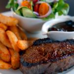Sirloin, salad and chunky chips