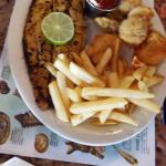 Seafarer Platter .. The blackened fish needed intervention from the owner .. Otherwise it is fri