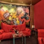 Moulin Rouge Suite