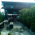 Rooftop restaurant untuk breakfast
