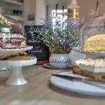 Kuchen aus eigener Herstellung
