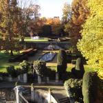 Uitzicht achterzijde luxe kasteelkamer