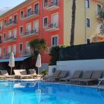 hotel diana a malcesine con piscina