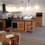 La cuisine de notre chai, salle de 90 M2.