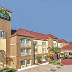 La Quinta Inn and Suites Brownsville (5051 North Expressway.)