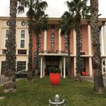 Photo de Golden Tulip Villa Massalia