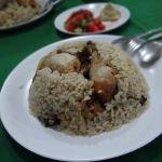 Maqluba - This one tasted like the very best Calcutta Biriyanis..